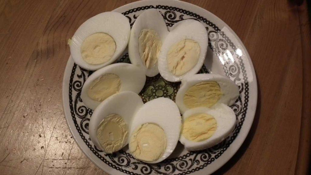 Variations in Egg Yolk Colour