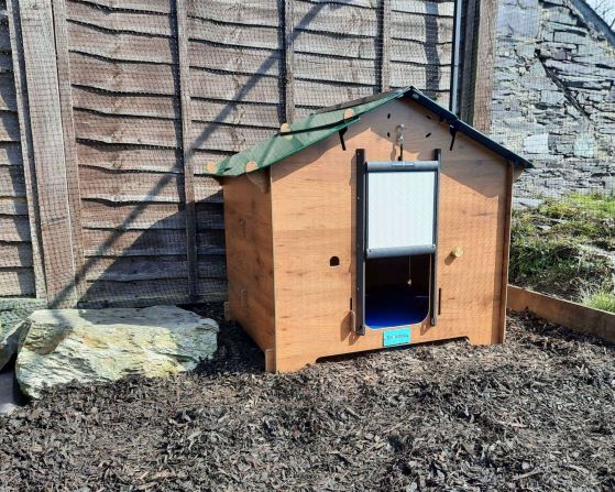 The Easicoop ECO Chicken Coop from Chartley Chucks - Full Review
